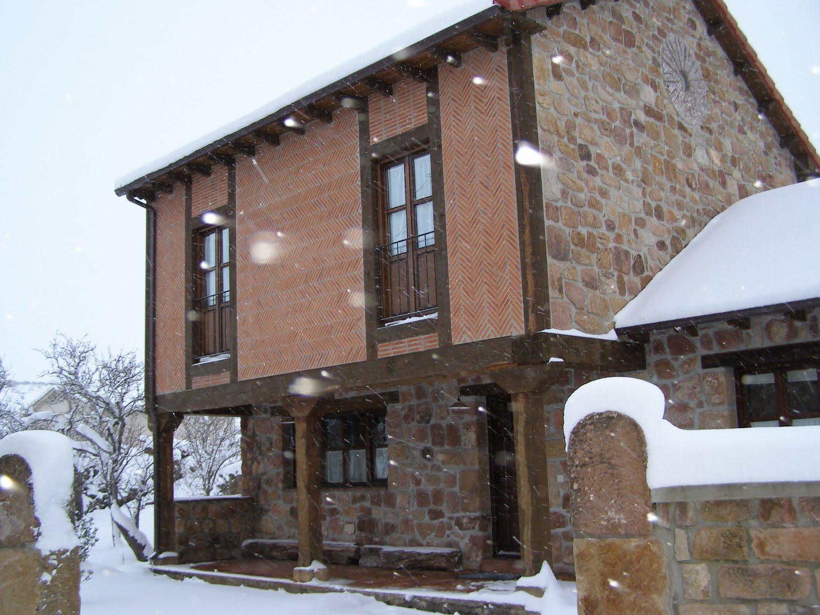 Construcciones jaime una fachada tradicional for Fachada tradicional