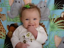 Mia 4 months