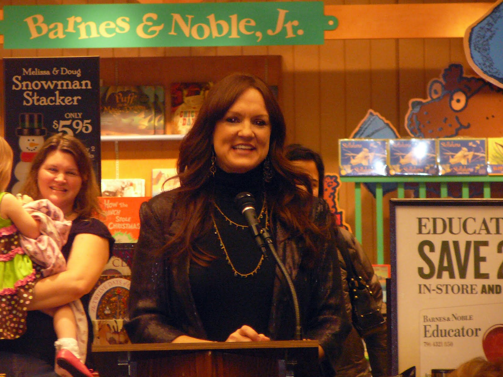 The Pursuit of Happiness Pioneer Woman book signing