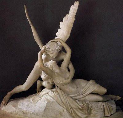 Psique renovada por el beso del amor. Neoclásico. Antonio Canova. Siglo XVIII.