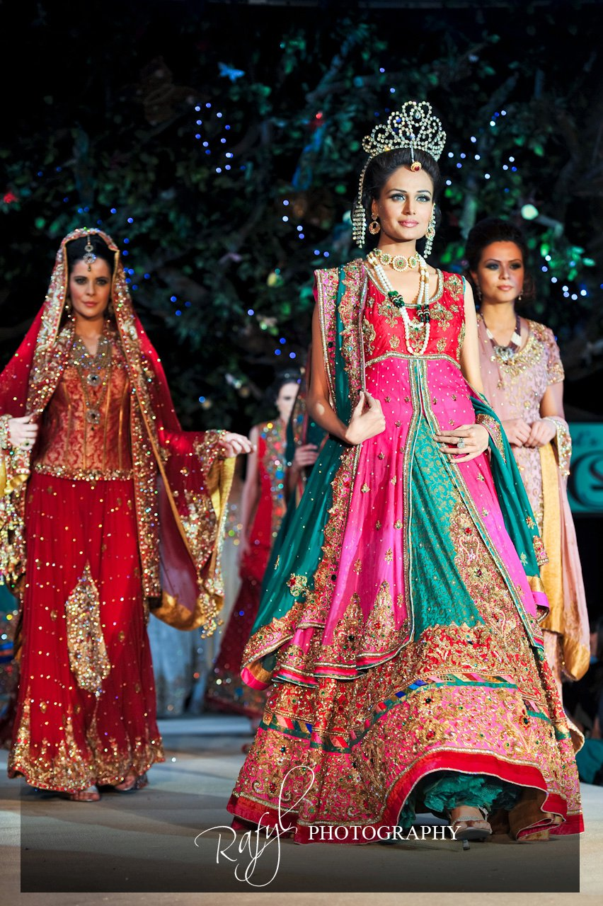 Asian bridal reception dresses for Indian wedding guest dresses uk