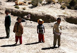 Niños pobres en Bolivia