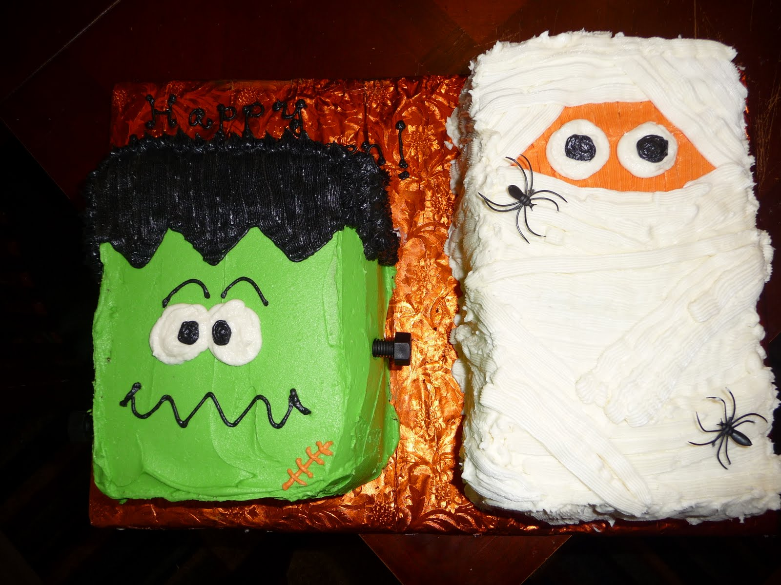 Dreaming in buttercream happy halloween Cute easy halloween cakes