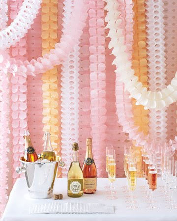 simply pretty wedding: Paper decorations