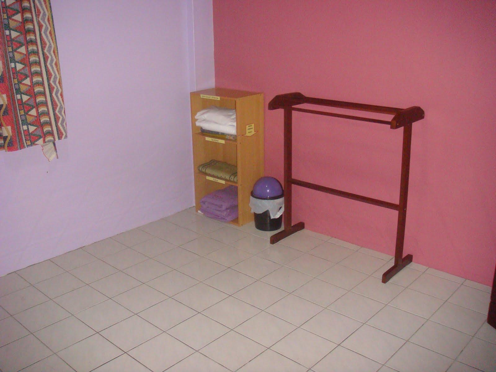 Bedroom Set Kuching