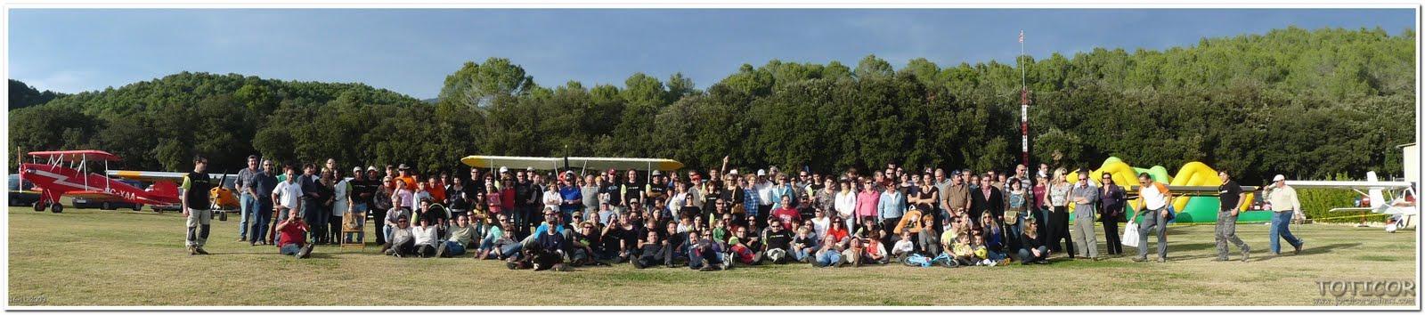 Foto+de+Familia+BEUDA+2009TOTICOR Resumen de La concentración de Beuda 2009