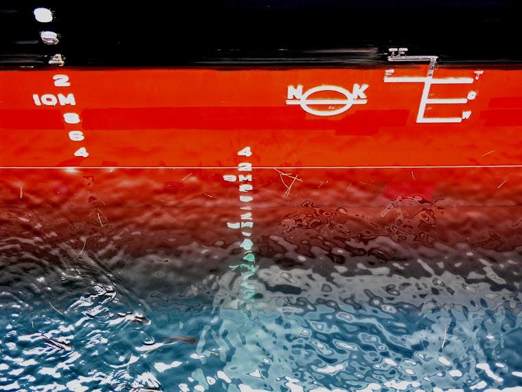 Marca Plimsoll - Marcas de  bordo livre