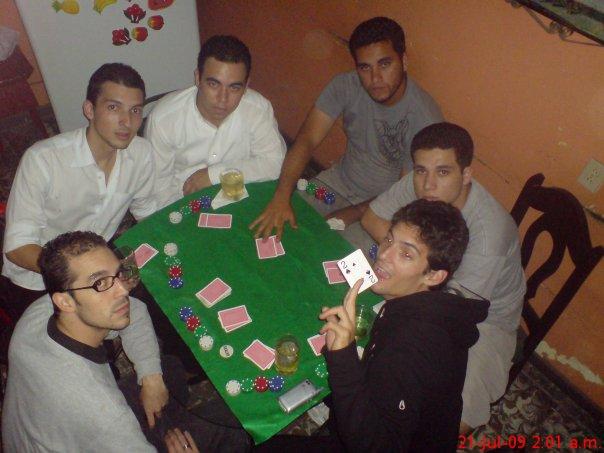 Únete a mí en este viaje por el mundo del poker ... experiencias de la vida en el extranjero, ... Una guía creada por mi para que entiendas mejor el juego ...