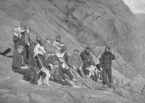 Comunismo feudal St_kilda_inhabitants1898