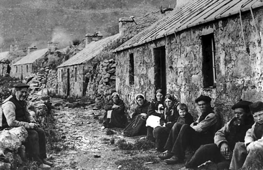 Comunismo feudal The_Street_1886