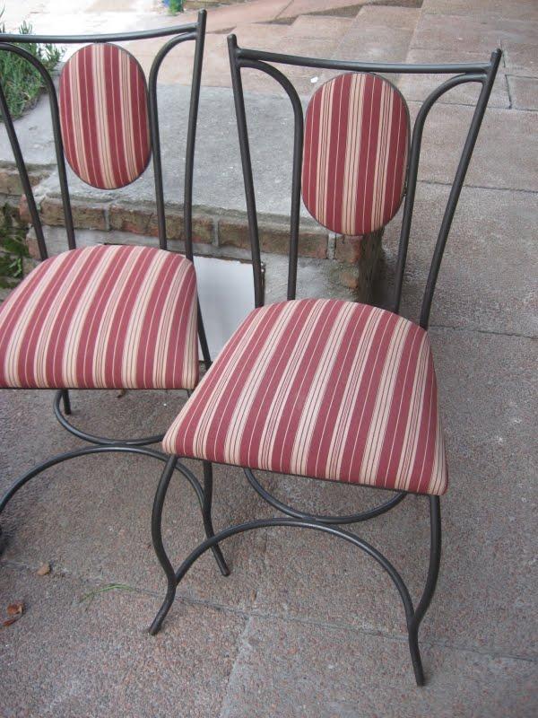 De ayer y hoy hermosas sillas de hierro tapizadas for Sillas bonitas