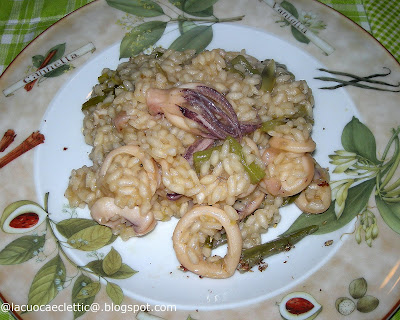 Risotto con calamari e carciofi