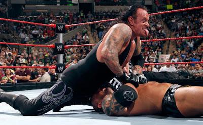 Randy Orton vs  Kofi Kingston  Singles ma tch Undertaker World Heavyweight Champion 2009