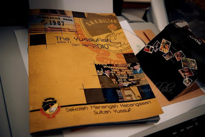 http://3.bp.blogspot.com/_W-KPQejs3hI/TUWNsPOwCJI/AAAAAAAAAPQ/jlN9T7ROHFU/s400/majalah+sekolah.jpg