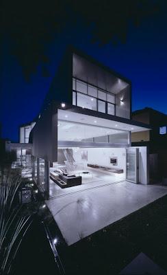 Stylish Line Wave Of Dwelling Marginal Beach House In Sydney