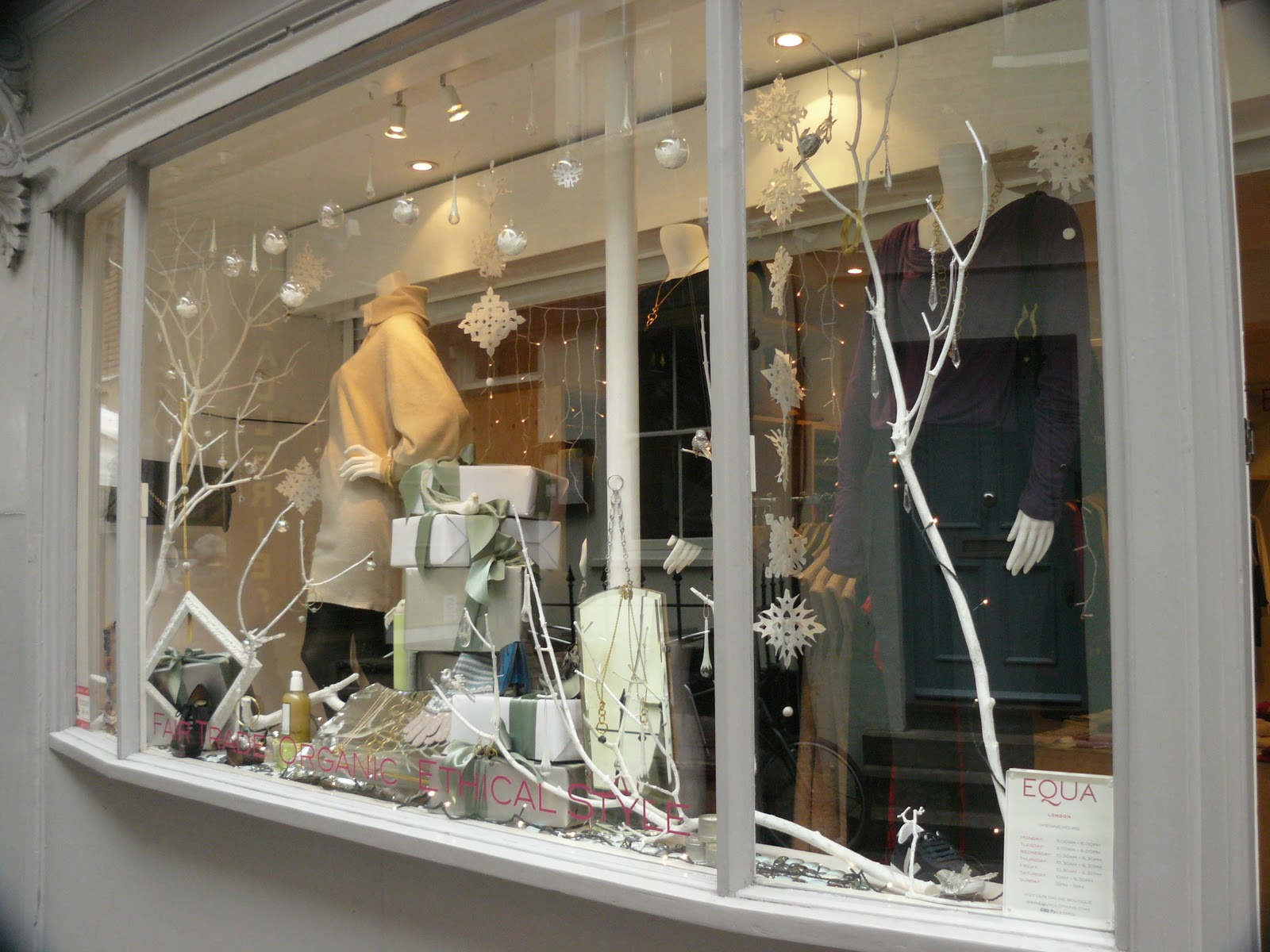 Equa fair trade fashion organic clothing ethical for Boutique window display ideas