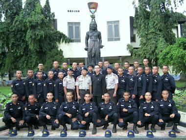 SECURITY 88 - XIII/2/2011 FOTO BERSAMA PENUTUPAN