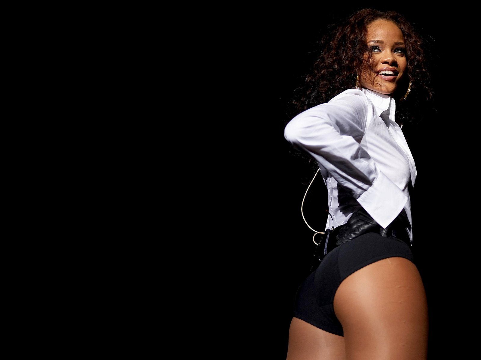 Rihanna Bikini Wallpapers Picture 4