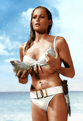 Ursula Andress en James Bond contra el Doctor No