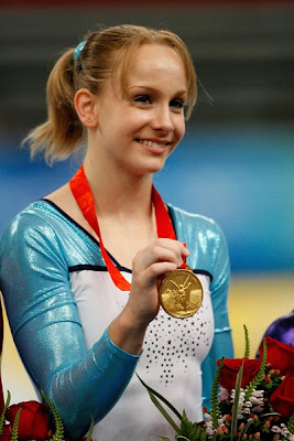 Beijing 2008 - Sandra Izbasa, campeona en suelo
