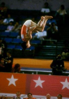 Los Angeles 1984 - Li Ning, oro en suelo