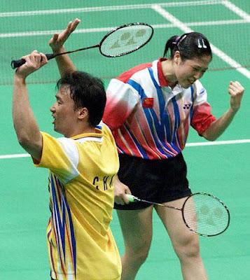 Sydney 2000 - Zhang Jun y Gao Ling, campeon@s en dobles mixtos de badminton