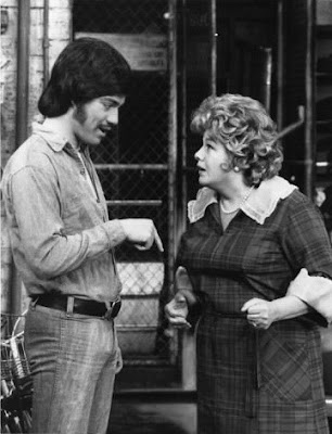 Freddie Prinze y Shelley Winters