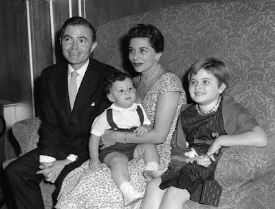 James Mason y su familia