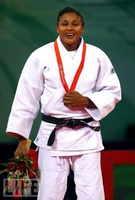Anaysi Hernandez, plata en judo