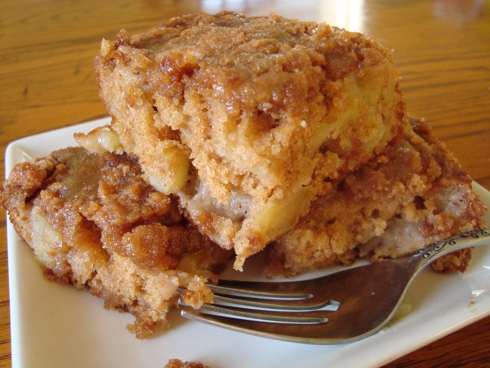 A Hungry Spoon: Apple Coffee Cake