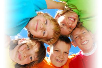 http://3.bp.blogspot.com/_W7f8KN_remw/SVA3-nrqYDI/AAAAAAAAAj8/2WPhuUn871w/s400/kids2.jpg