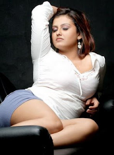 Tamil Actress Sona Sey Hot Pics