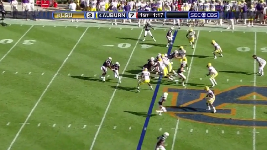 The DE clearly commits to taking the sweep being run by McCalebb and Newton correctly reads this and keeps it. However at this point in time an interior ...  sc 1 st  Offensive Break Down - blogger & Offensive Break Down: Auburn Run Game - The Inverted Veer Aboutintivar.Com