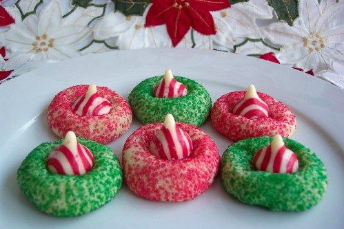 To. Die. For. Recipes : Candy Cane Kiss Cookies