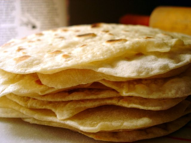 To. Die. For. Recipes : Homemade Flour Tortillas