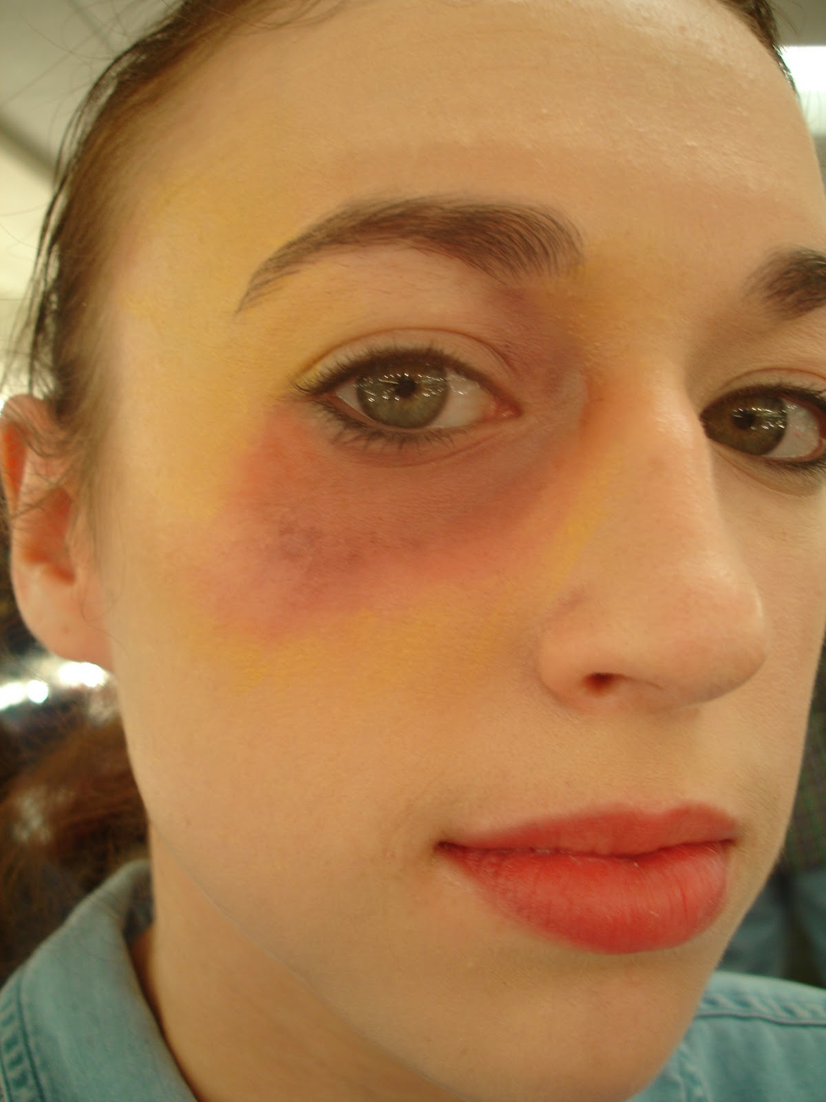 Makeup Ideas bruise makeup : Make-up: Elisa: Bruises u0026 Black eyes