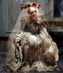 an analysis of the character of miss havisham in the novel great expectations by charles dickens Charles dickens conveys this idea through many characters in his famous novel, great expectations the most prominent being miss havisham, a bitter old woman whose life came to a standstill after she was abandoned by her lover on her wedding day the novel is about a young, low-class boy named pip, who becomes.