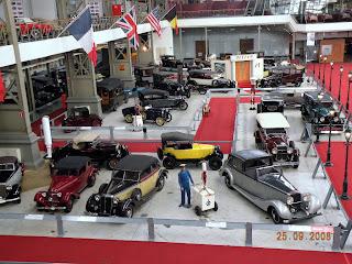 Автомобильный музей в Брюсселе