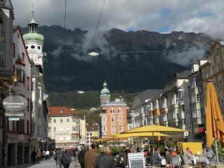 Вид на Иннсбрук и горы