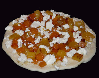 ... from a would be gastrop*rnographer: Sweet potato, pumpkin & feta pizza