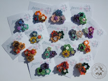 Crochet brooches with buttons