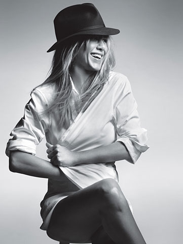 gq jennifer aniston photo shoot