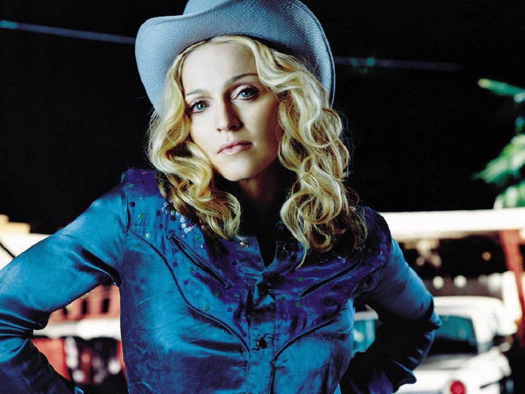 http://3.bp.blogspot.com/_WDCWEjl45FQ/TTcijYpgkrI/AAAAAAAADDs/SAqkooGxGdo/s1600/Madonna_-_American_Pie.jpg
