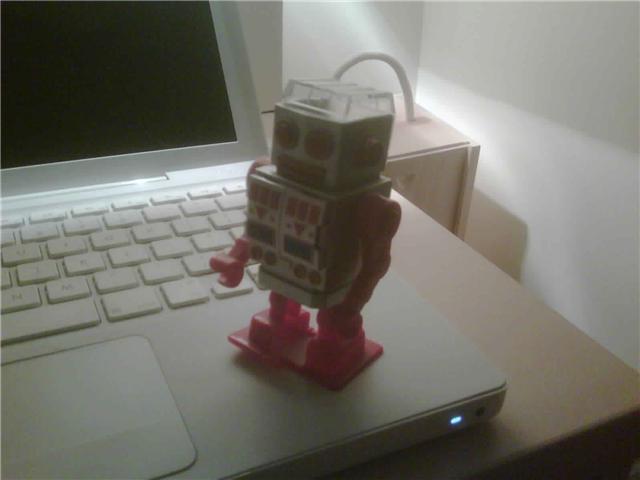 [louis+robot]