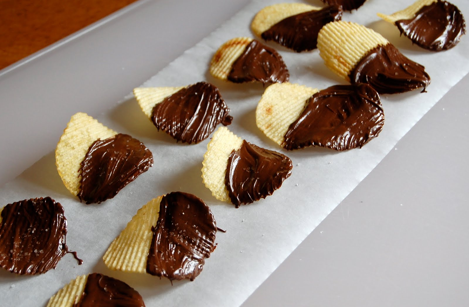 How to Make Chocolate Covered Potato Chips