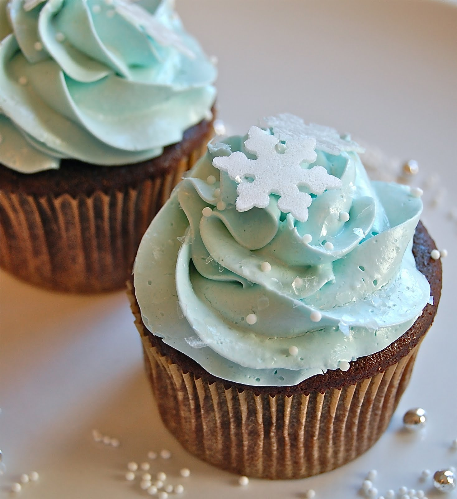Chef Mommy: Chocolate Cupcakes with Peppermint Buttercream