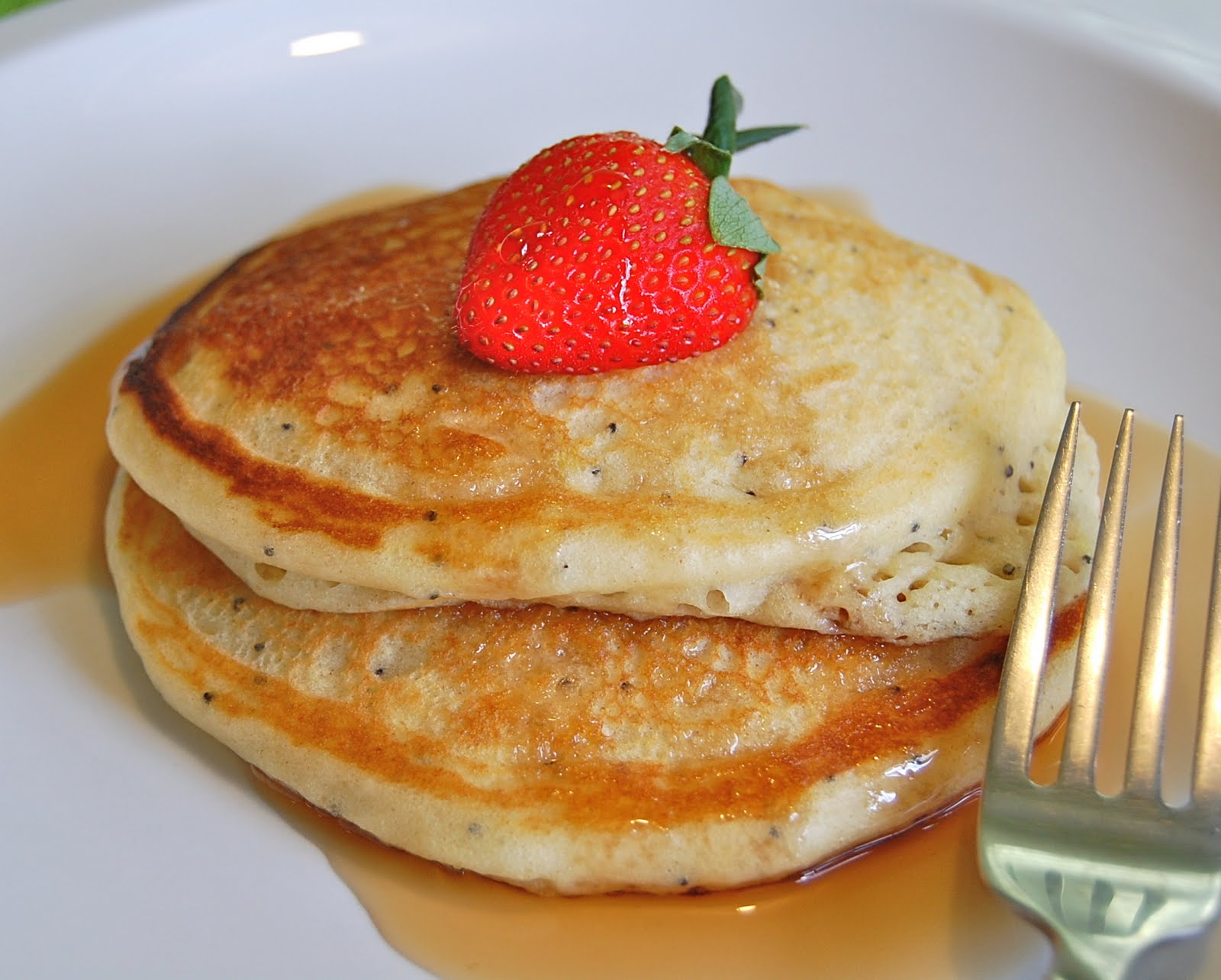 Chef Mommy: Lemon Poppy Seed Pancakes