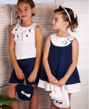 La moda para los niños cuenta con marcas propias, nacidas para crear y vender ropa específicamente para los menores. El diseño infantil, y sus posibilidades de negocio, también han atraído la atención de las más prestigiosas marcas de los mayores.