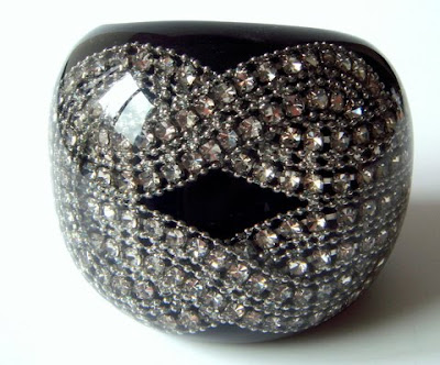 Girl´s best friend…Black Diamond Cuff by Nicholas King