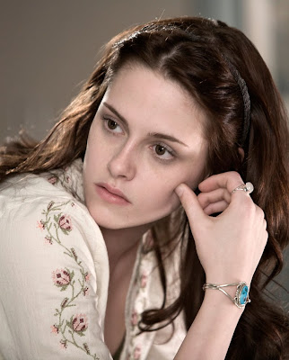 kristen stewart with no makeup. complexion, no worries!